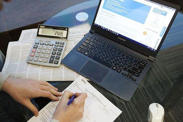 Какие налоги платят самозанятые в 2021 году?